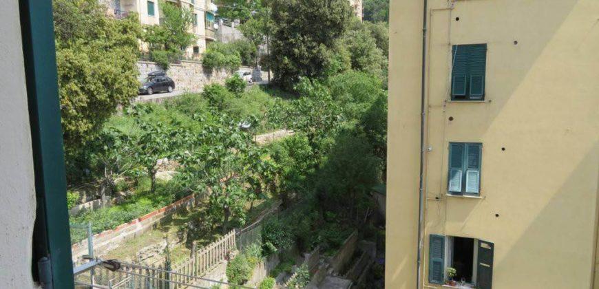Bilocale via Carlo Montanari, Genova
